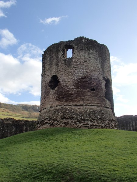 Skenfrith castle tower