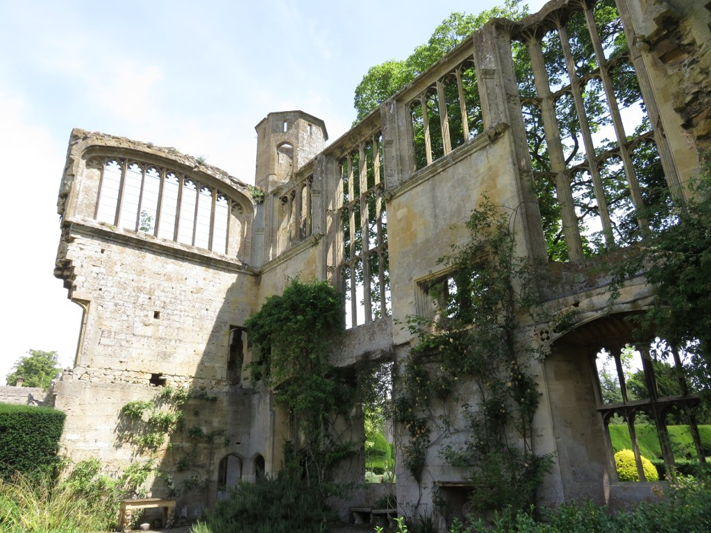 sudely castle 'romantic ruins'