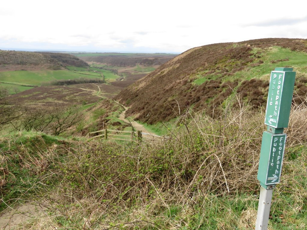 footpath into the hole of horcum