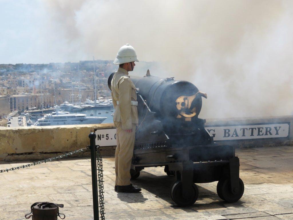 noon gun firing in Valletta